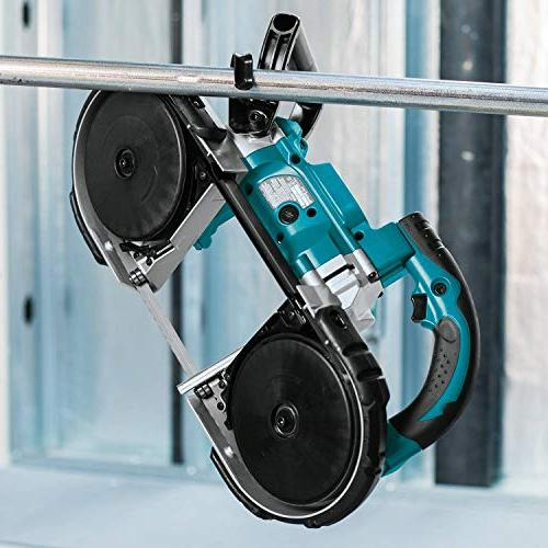 Makita 18V LXT Lithium-Ion Cordless Saw,